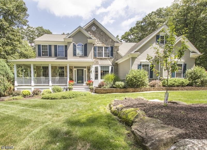 Частный односемейный дом для того Продажа на 6 Forest Ridge Drive Independence Township, 07840 Соединенные Штаты