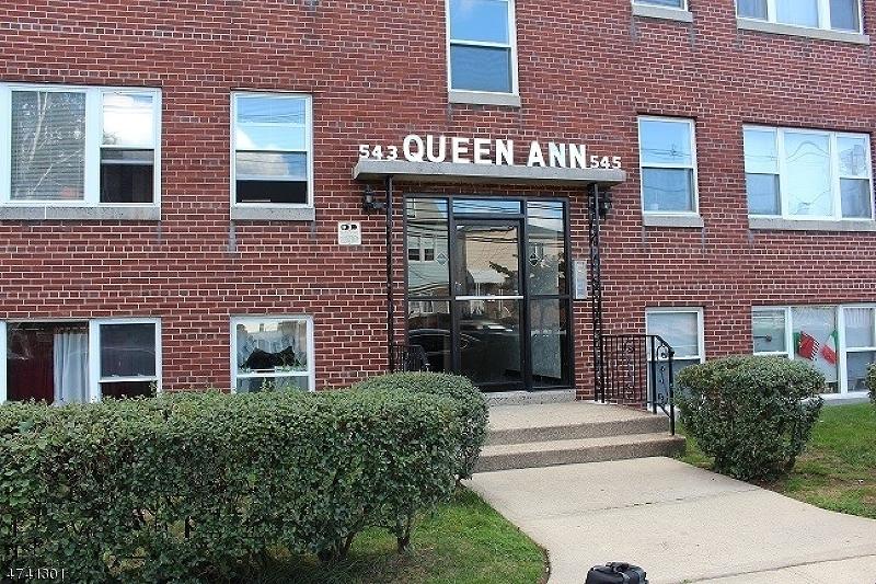 Частный односемейный дом для того Аренда на 543 JORALEMON Street Belleville, Нью-Джерси 07109 Соединенные Штаты