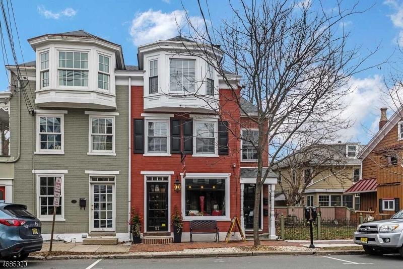 Commercial pour l Vente à 52 N Union Street Lambertville, New Jersey 08530 États-Unis