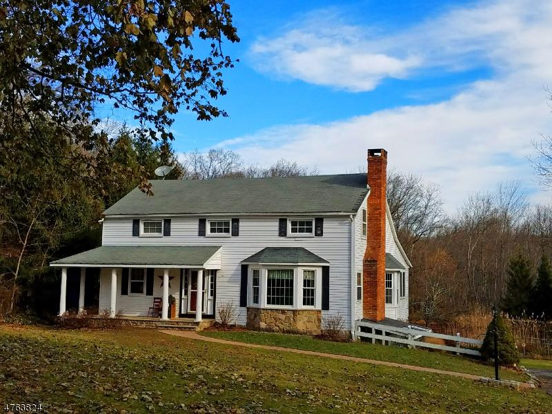 Maison unifamiliale pour l Vente à 47 Millbrook-Stillwater Road Hardwick, New Jersey 07825 États-Unis