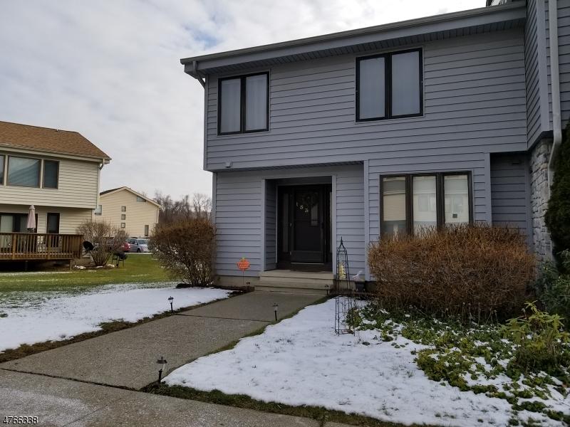 Casa Unifamiliar por un Alquiler en 153 Dakota Drive Andover, Nueva Jersey 07848 Estados Unidos