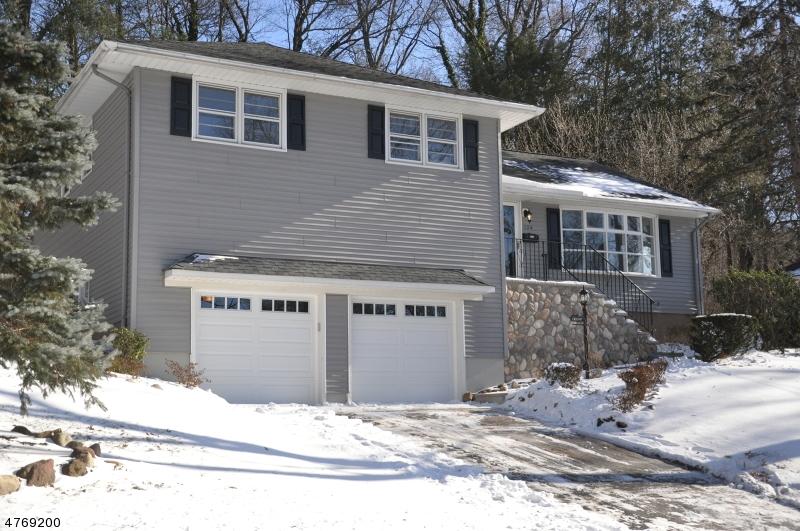 Частный односемейный дом для того Продажа на 124 Congress Road Emerson, Нью-Джерси 07630 Соединенные Штаты