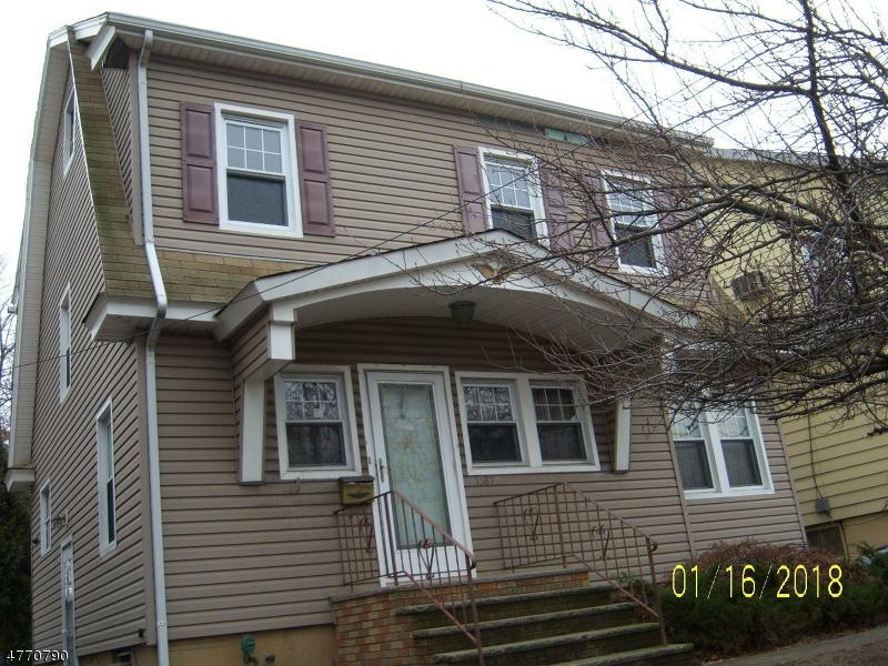 独户住宅 为 销售 在 1087 Salem Road Union, 新泽西州 07083 美国