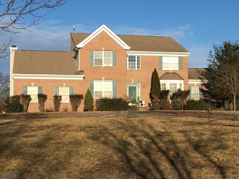 Casa Unifamiliar por un Venta en Address Not Available Franklin, Nueva Jersey 08823 Estados Unidos