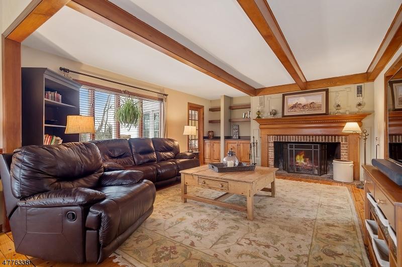Частный односемейный дом для того Продажа на 18 Rainbow Hill Road East Amwell, Нью-Джерси 08822 Соединенные Штаты