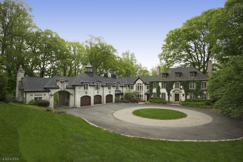 Частный односемейный дом для того Продажа на 45 School House Lane Morris Township, Нью-Джерси 07960 Соединенные Штаты