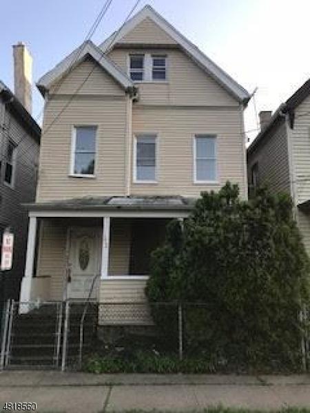 Maison avec plusieurs logements pour l Vente à 372 MECHANIC Street Orange, New Jersey 07050 États-Unis