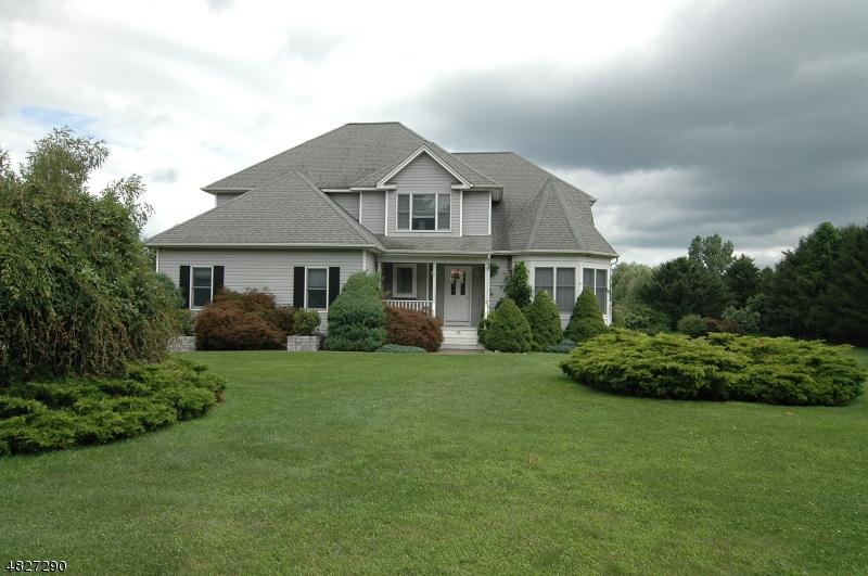 Enfamiljshus för Försäljning vid 55 HALSEY Road Hampton, New Jersey 07860 Förenta staterna