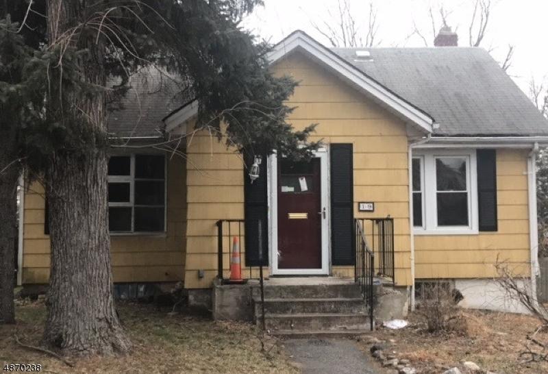 Частный односемейный дом для того Продажа на 19 JOHN Street Closter, Нью-Джерси 07624 Соединенные Штаты