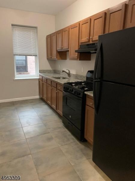 Property voor Huren op Orange, New Jersey 07050 Verenigde Staten