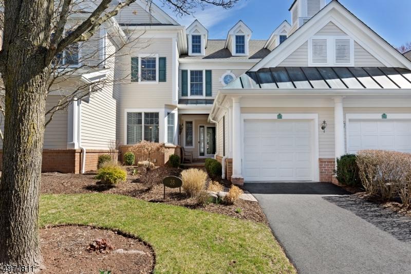 Condominio / Townhouse per Vendita alle ore Far Hills, New Jersey 07931 Stati Uniti