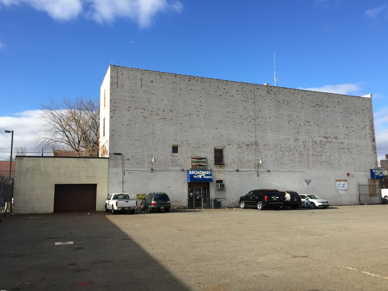 Additional photo for property listing at 450-458 BROADWAY  Paterson, New Jersey 07501 États-Unis