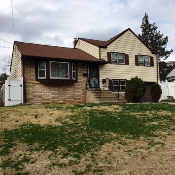 Additional photo for property listing at 233-235 PARKER Road  Elizabeth, Nueva Jersey 07208 Estados Unidos