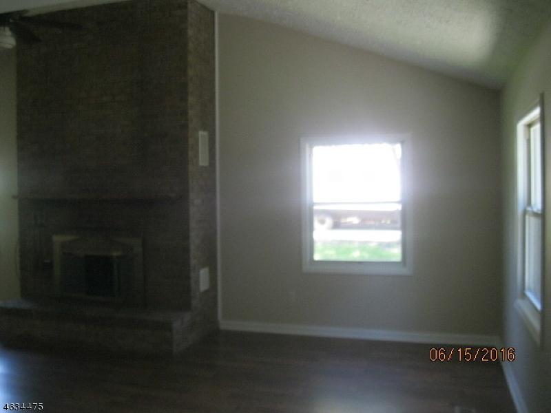 Additional photo for property listing at 62 Elizabeth Way  Landing, Нью-Джерси 07850 Соединенные Штаты
