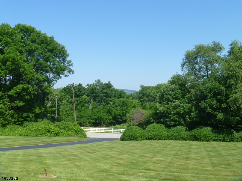 Additional photo for property listing at 50 Lime Kiln Road  Columbia, New Jersey 07832 États-Unis