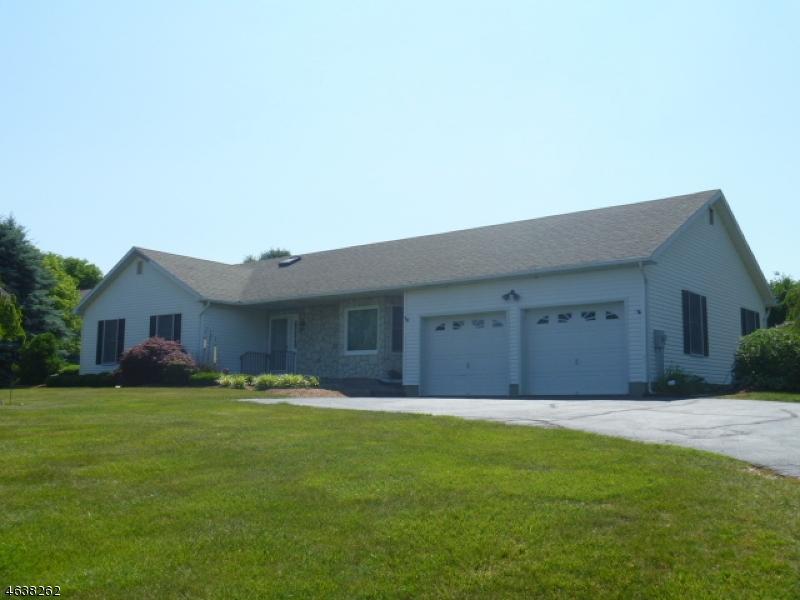 独户住宅 为 销售 在 50 Lime Kiln Road Columbia, 新泽西州 07832 美国