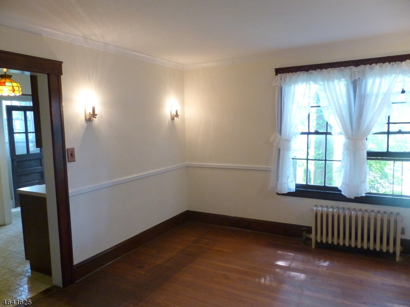 Additional photo for property listing at 26 Belgrade Ter  西奥兰治, 新泽西州 07052 美国