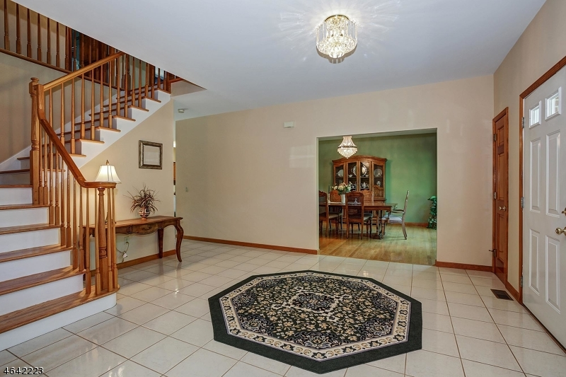 Additional photo for property listing at 1 Lenape Trail  Warren, Nueva Jersey 07059 Estados Unidos