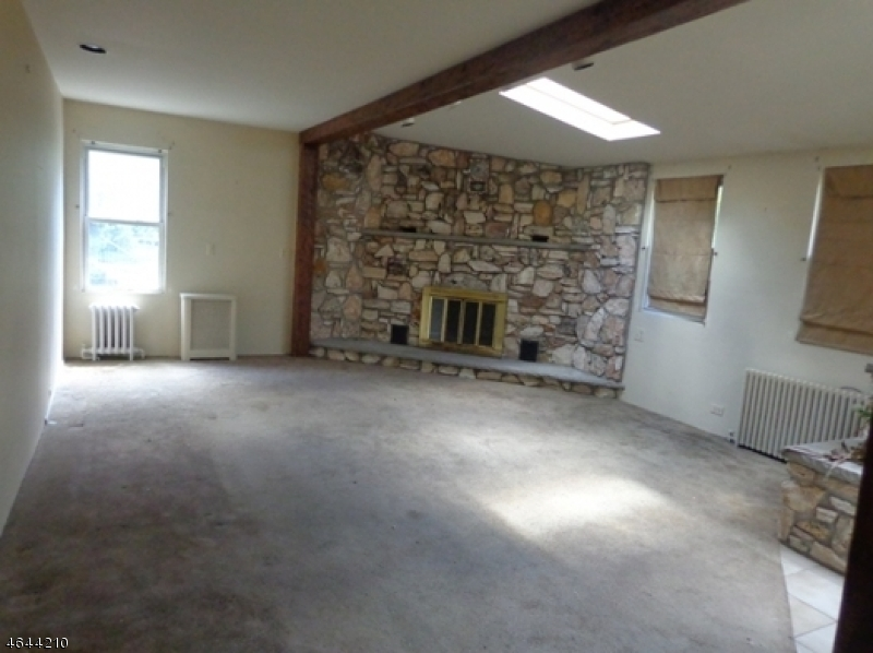 Additional photo for property listing at 589 Mountain Avenue  Springfield, New Jersey 07081 États-Unis