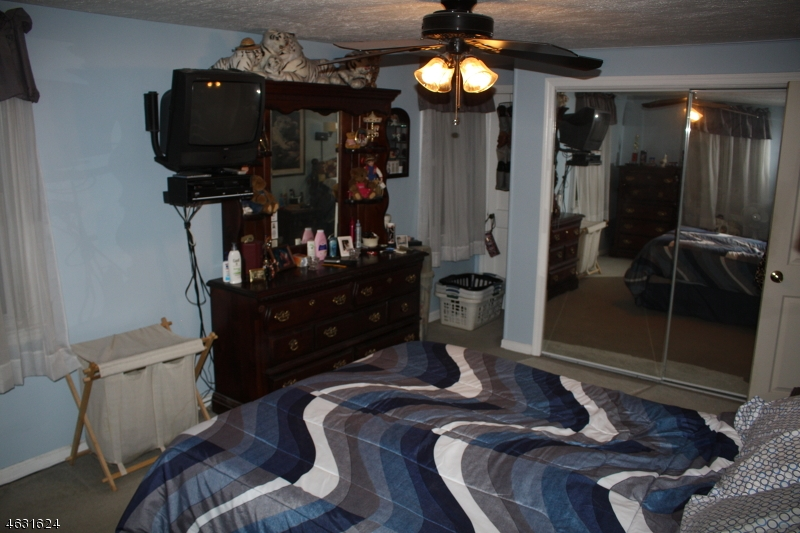 Additional photo for property listing at 105 Richmond Ter  Rahway, Нью-Джерси 07065 Соединенные Штаты