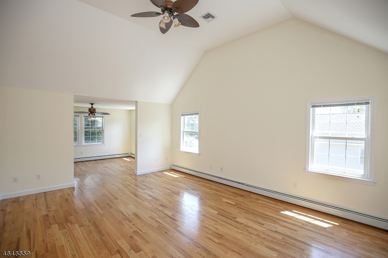 Additional photo for property listing at 43 Grant Avenue  East Hanover, New Jersey 07936 United States
