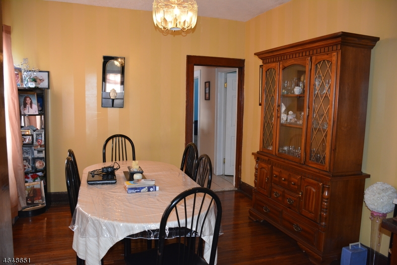 Additional photo for property listing at 195 Marietta Avenue  Passaic, New Jersey 07055 États-Unis