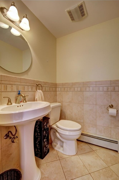 Additional photo for property listing at 10 HARTPENCE COURT  Flemington, Нью-Джерси 08822 Соединенные Штаты