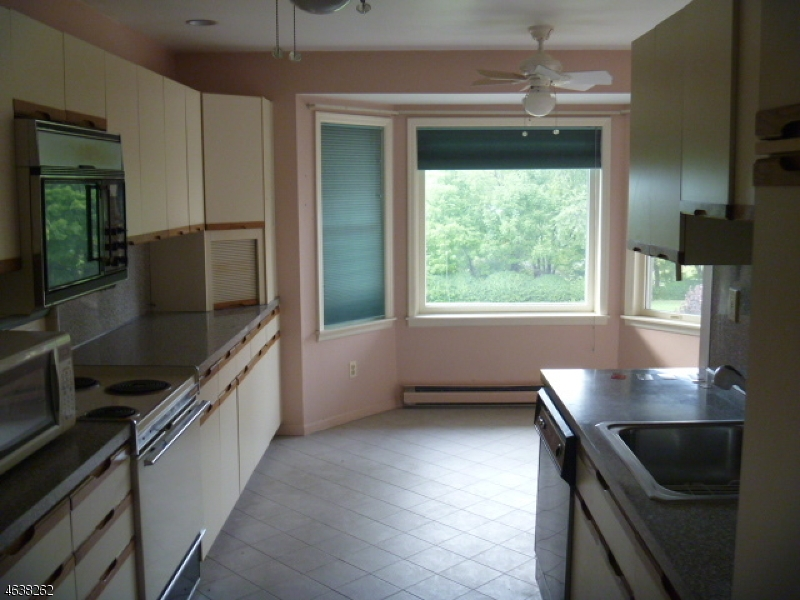Additional photo for property listing at 50 Lime Kiln Road  Columbia, 新泽西州 07832 美国
