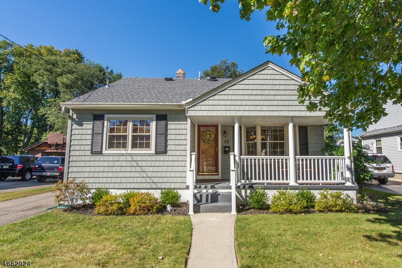 Additional photo for property listing at 22 Romain Avenue  Pompton Lakes, New Jersey 07442 États-Unis
