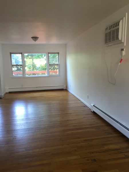 Additional photo for property listing at 54 N 15 Street  Hawthorne, Nueva Jersey 07506 Estados Unidos