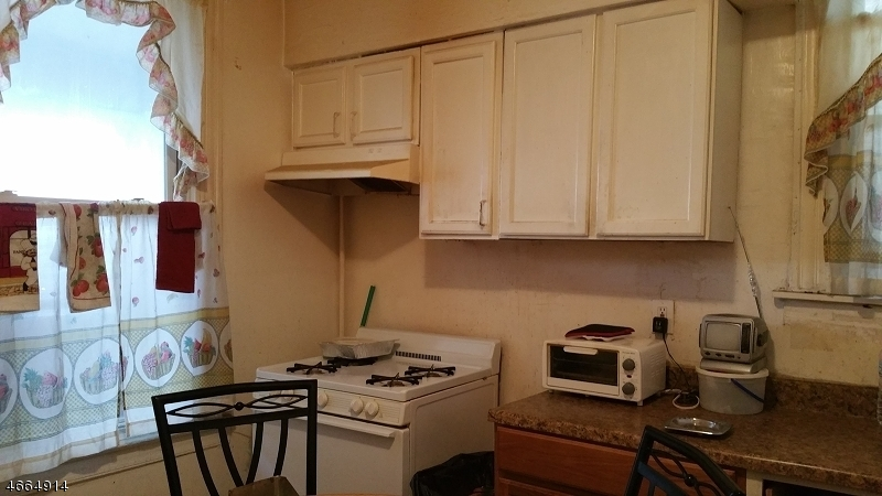 Additional photo for property listing at 67 Delavan Avenue  Newark, New Jersey 07104 United States