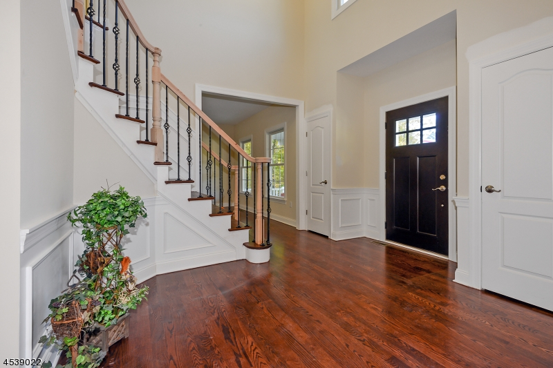 Additional photo for property listing at 16 Liberty Trail  Andover Township, New Jersey 07860 Vereinigte Staaten