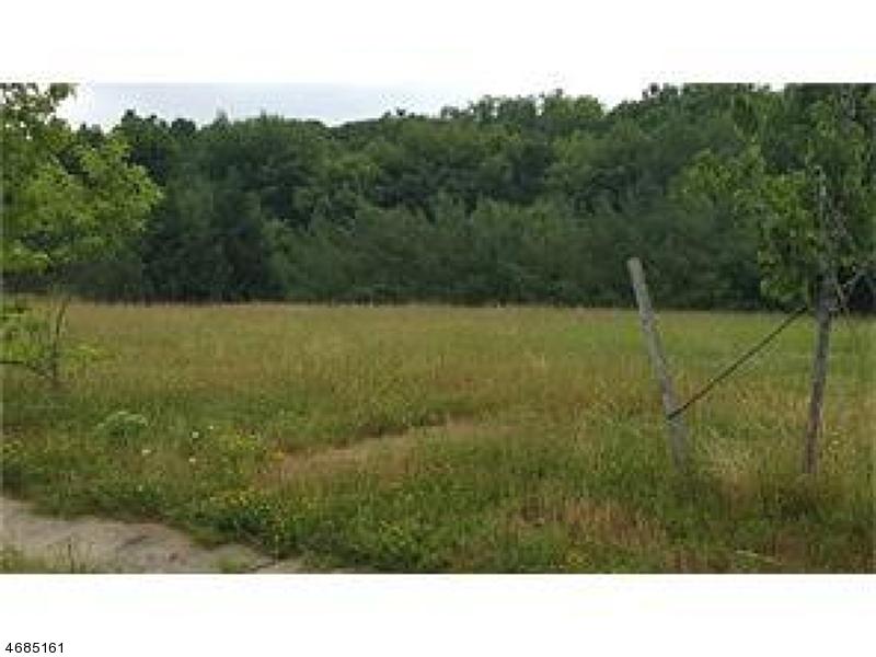 Частный односемейный дом для того Продажа на Address Not Available Monroe Township, Нью-Джерси 08831 Соединенные Штаты