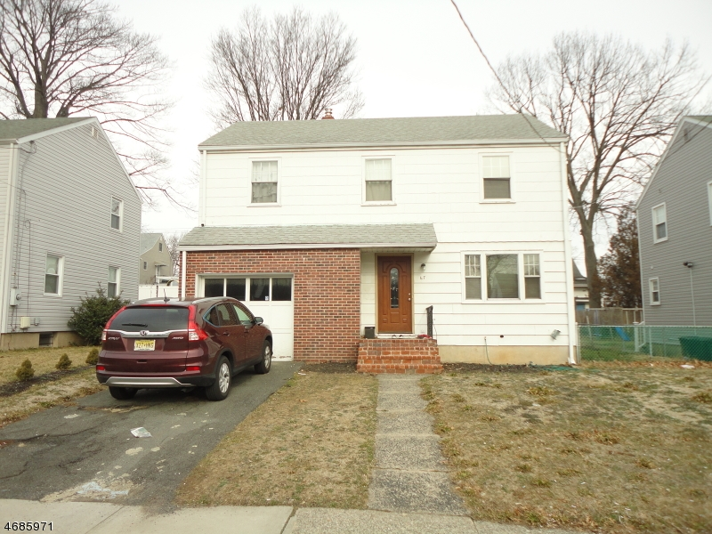 Maison unifamiliale pour l Vente à Address Not Available Elmwood Park, New Jersey 07407 États-Unis