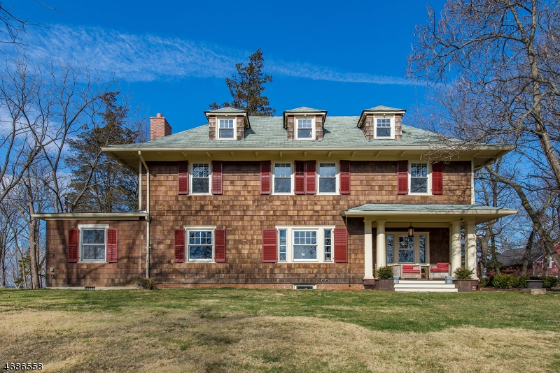 Maison unifamiliale pour l Vente à 1446 Long Hill Road Millington, New Jersey 07946 États-Unis