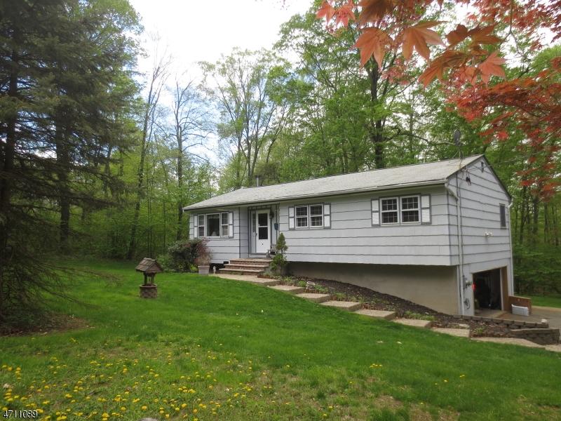 Maison unifamiliale pour l à louer à 10 Beaver Brook Drive Vernon, New Jersey 07462 États-Unis