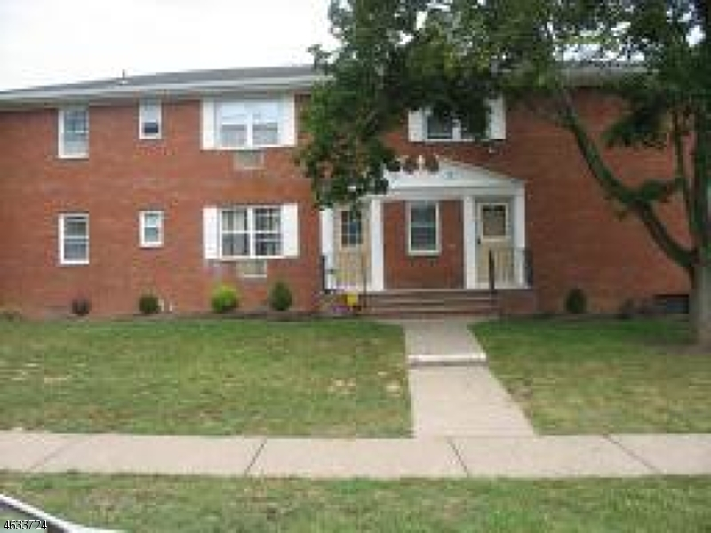 Single Family Home for Rent at 70-1/2 KNOX TER 1A Wayne, New Jersey 07470 United States
