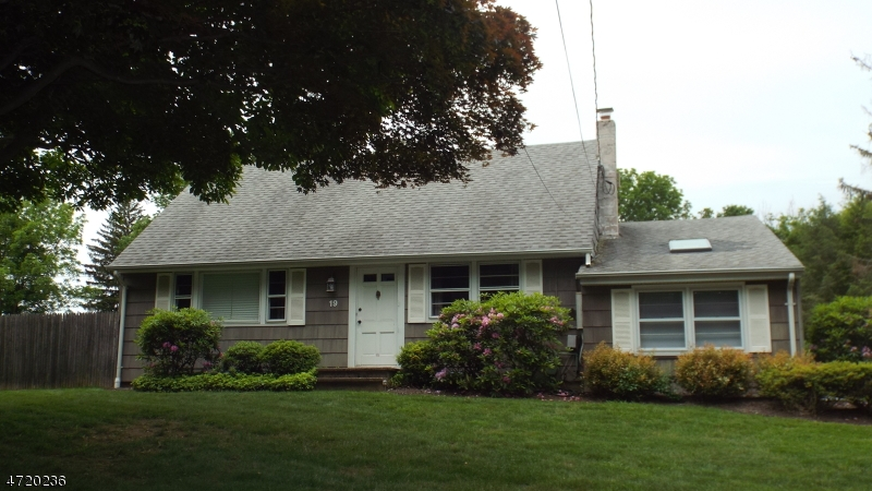 Single Family Home for Rent at 19 Cherry Lane Mendham, New Jersey 07945 United States