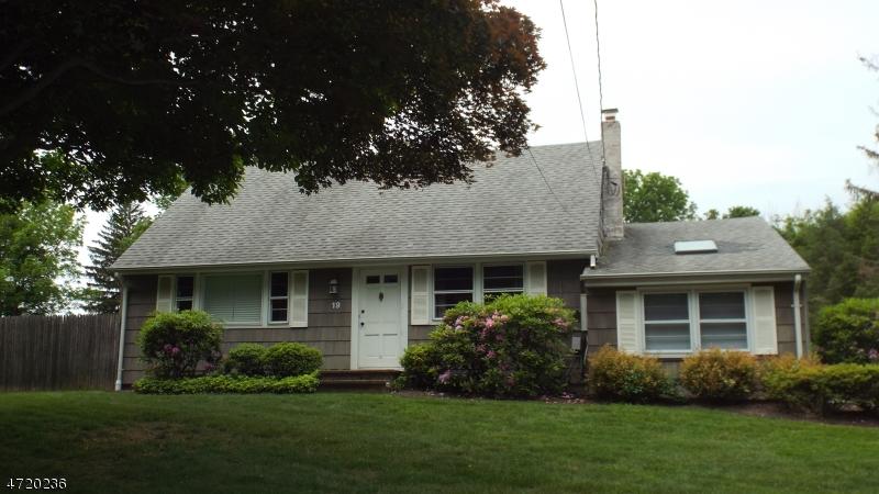 Частный односемейный дом для того Аренда на 19 Cherry Lane Mendham, Нью-Джерси 07945 Соединенные Штаты