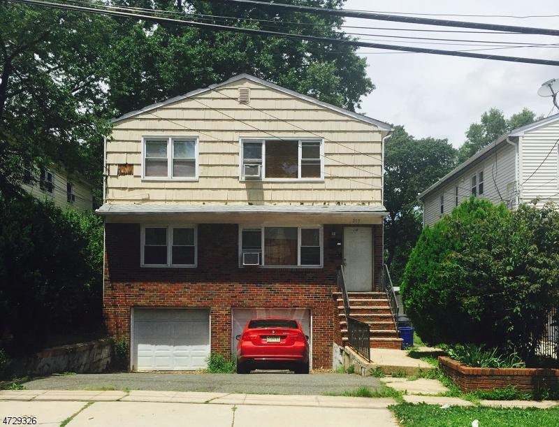 Casa Multifamiliar por un Venta en 219 E 9th Avenue Roselle, Nueva Jersey 07203 Estados Unidos
