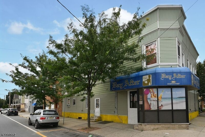 Commercial for Sale at 65 Houston Street Newark, 07105 United States