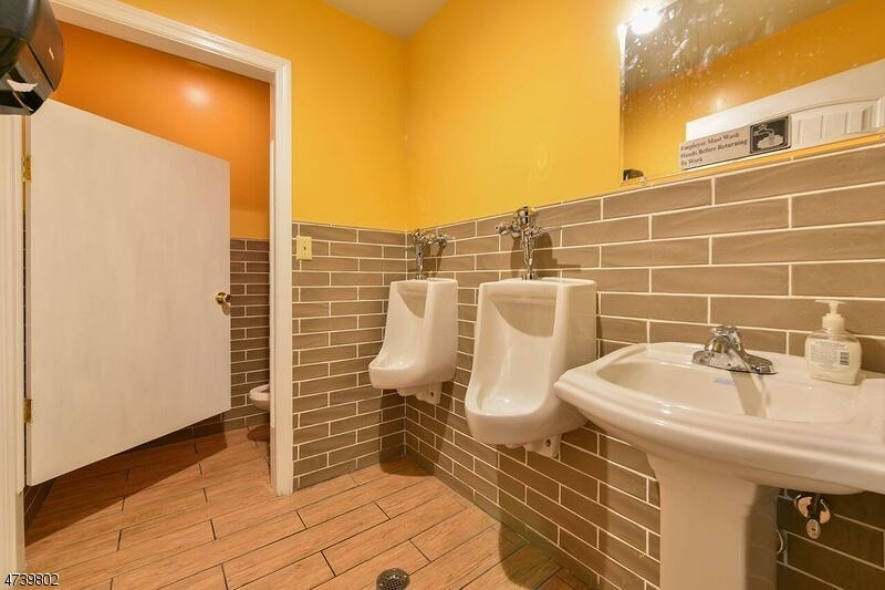 Additional photo for property listing at 65 Houston Street  Newark, New Jersey 07105 United States