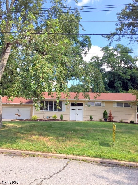 Single Family Home for Rent at 1 E Brooklawn Dr , Parsippany, New Jersey 07950 United States