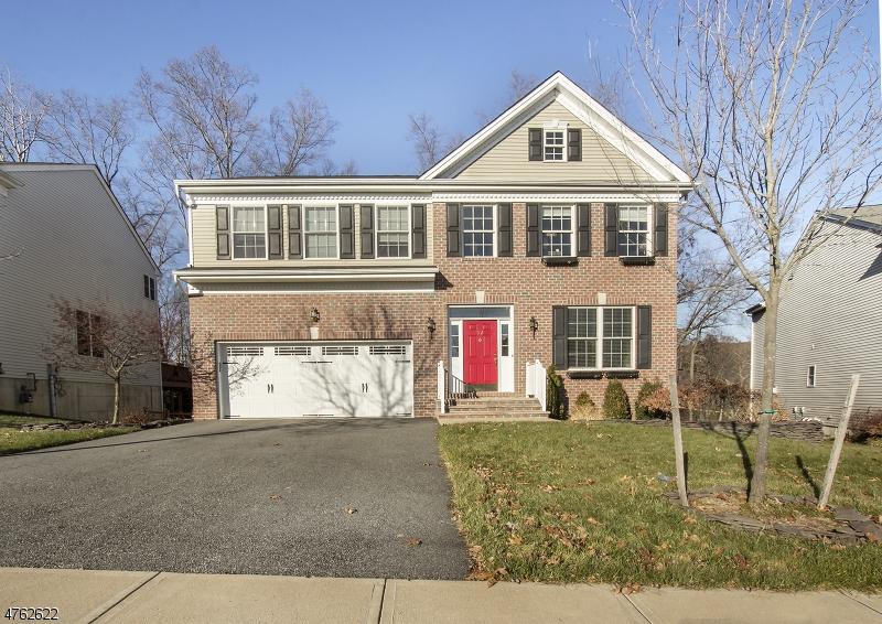 独户住宅 为 出租 在 52 Helms Mill Road 哈克特斯镇, 新泽西州 07840 美国