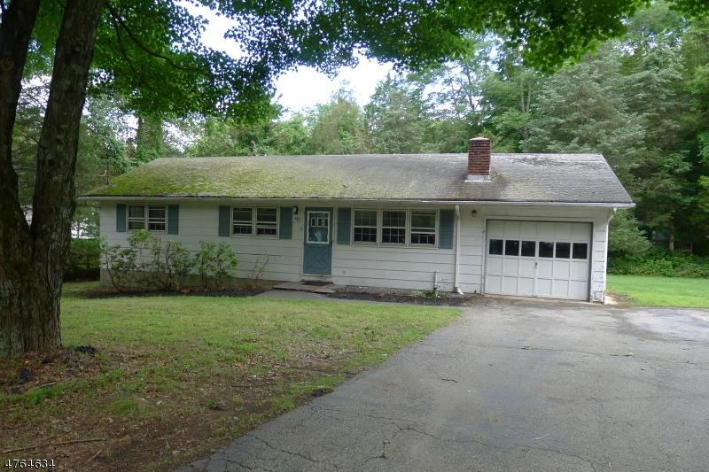 Частный односемейный дом для того Продажа на 903 Crest Road Stillwater, Нью-Джерси 07860 Соединенные Штаты