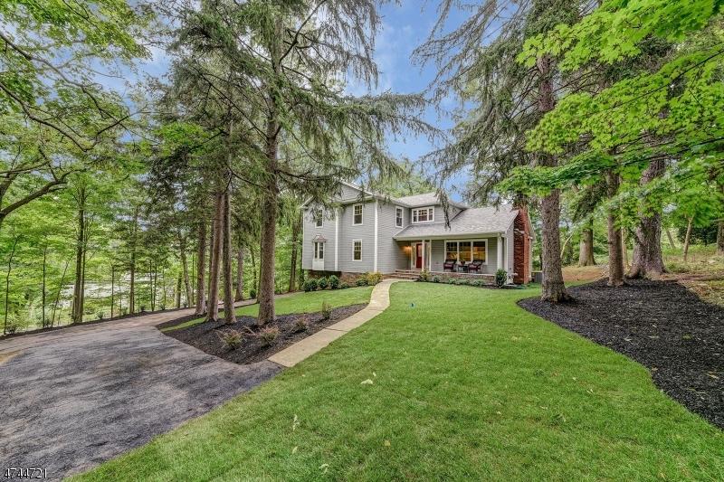 Tek Ailelik Ev için Satış at 101 Kent Drive 101 Kent Drive Berkeley Heights, New Jersey 07922 Amerika Birleşik Devletleri