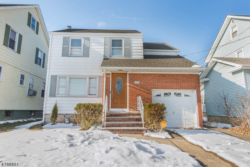 Single Family Home for Sale at 226 Academy Ter Linden, New Jersey 07036 United States