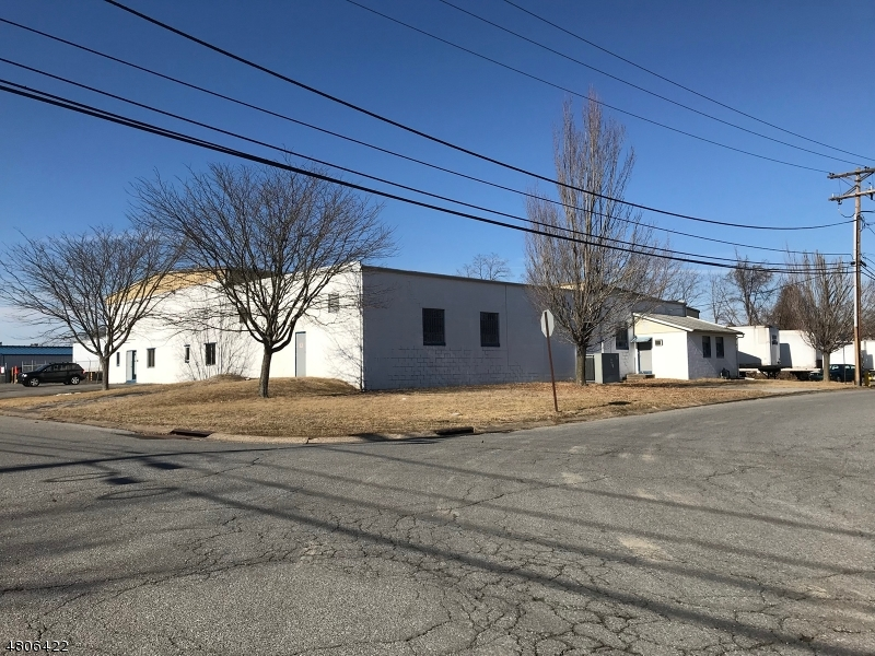 Commercial for Rent at 81 Howard Street Phillipsburg, New Jersey 08865 United States