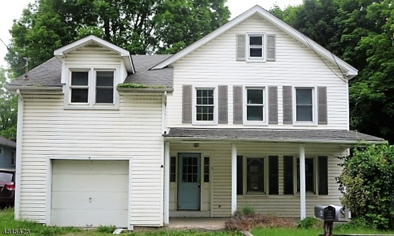 Vivienda unifamiliar por un Venta en 5 HIGH Street Andover, Nueva Jersey 07821 Estados Unidos