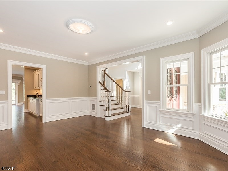 Additional photo for property listing at 27 INWOOD Road  Essex Fells, 新泽西州 07021 美国